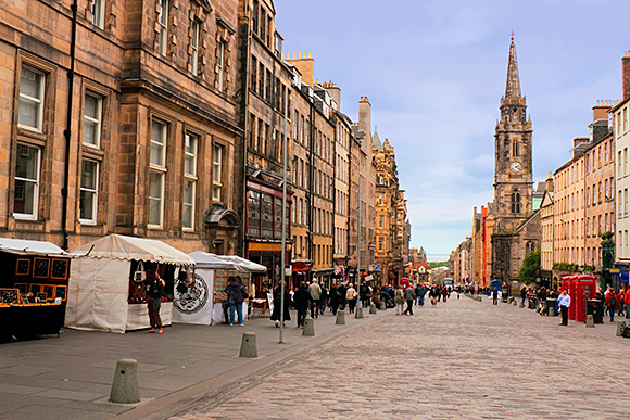A new approach to key licensing issues has been signalled by the Edinburgh board.