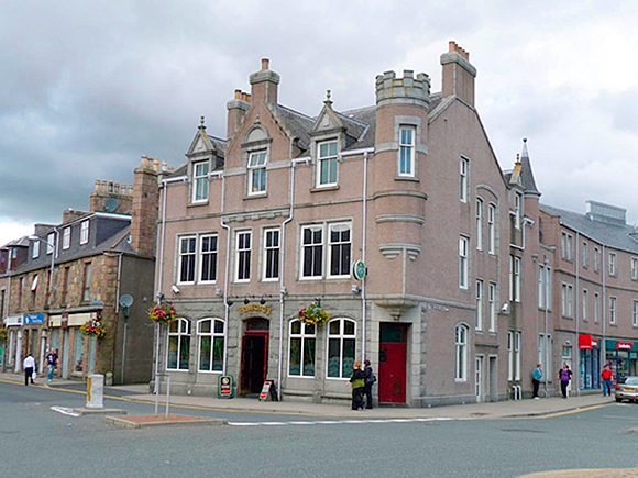 The property includes a bar and nightclub.