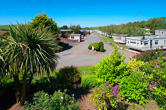 Turnberry Holiday Park has sea views.