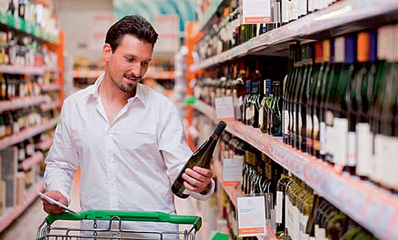 Plans to introduce a minimum price for alcohol in England appear to have faltered.