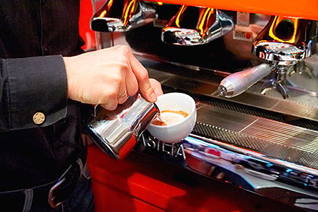 Staff training is key to maximising sales of coffee in pubs, suppliers say