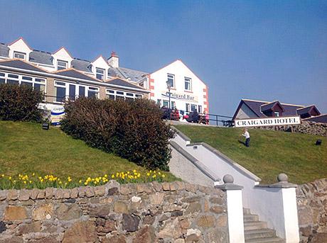 The Craigard Hotel overlooks Kisimul Castle and the Hebridean Sea.