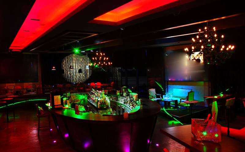 shutterstock_nightclub interior (toolkit story)