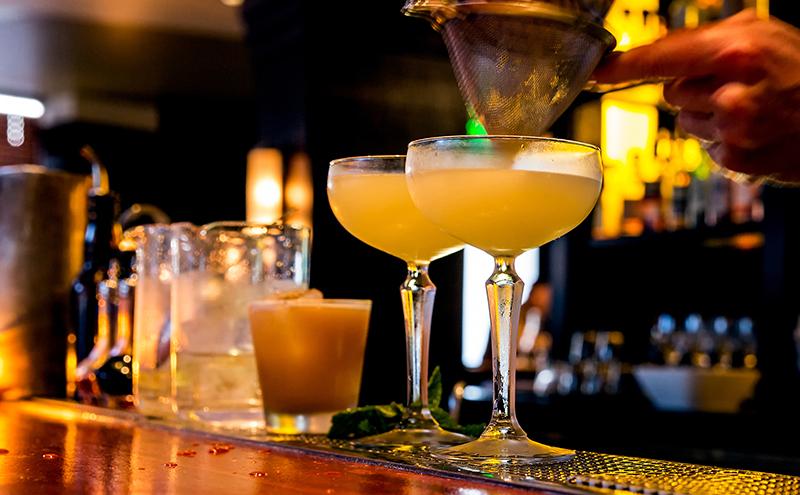 Cocktails-on-bar