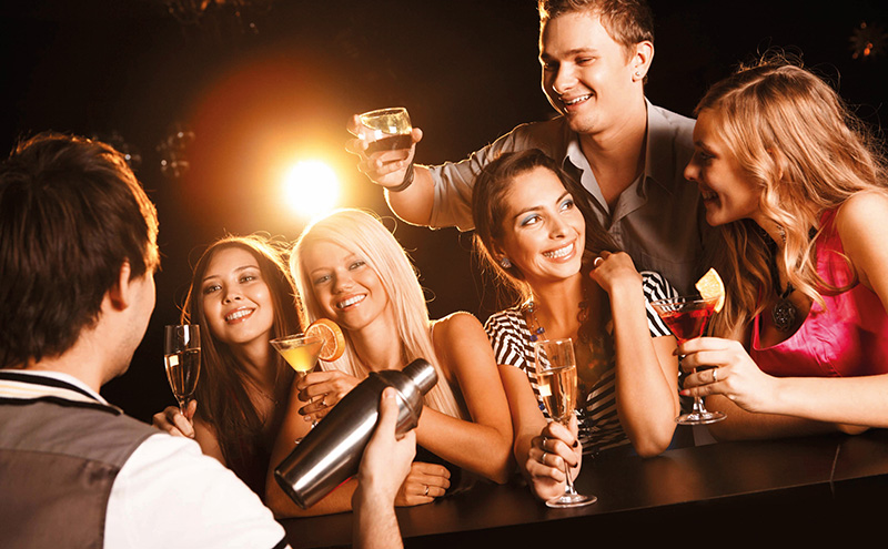 027_shutterstock_people-at-bar