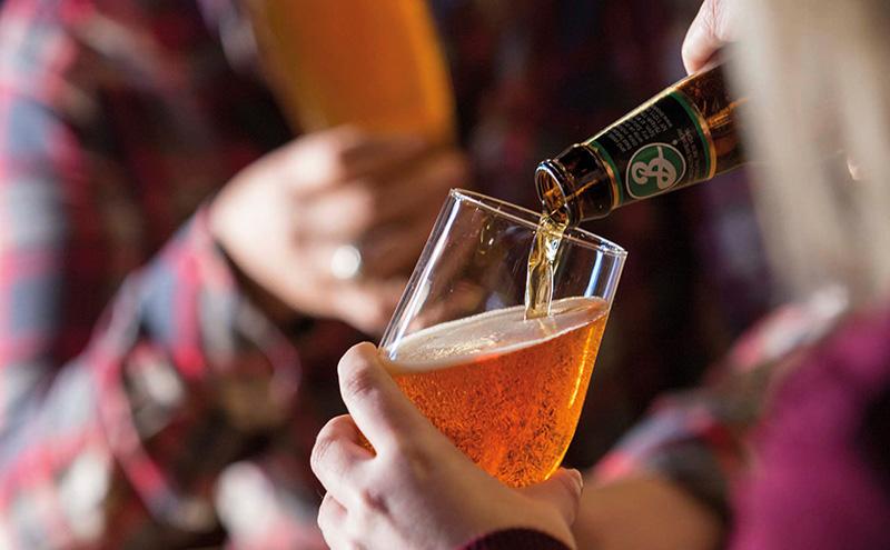 035_drinking-brooklyn13