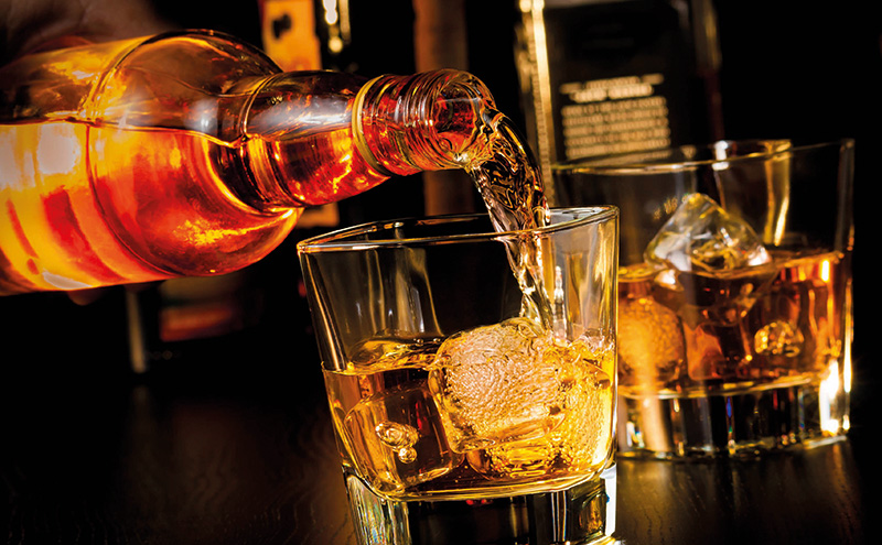 shutterstock_whisky-being-poured