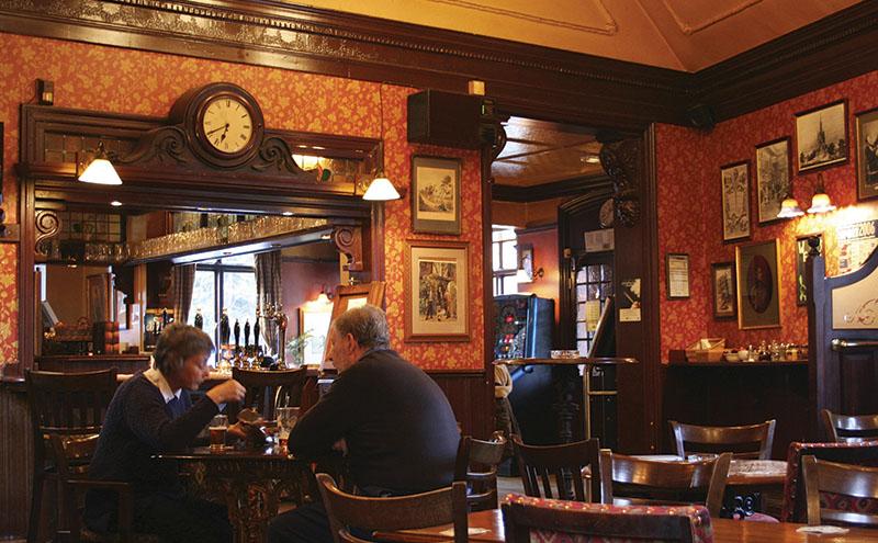 traditional-pub
