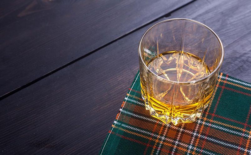 Whisky on tartan
