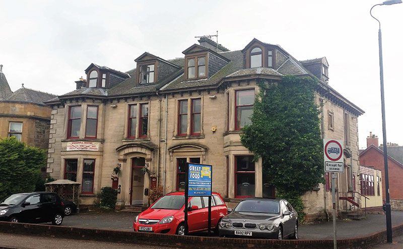The Broomhill Hotel in Kilmarnock has changed hands.