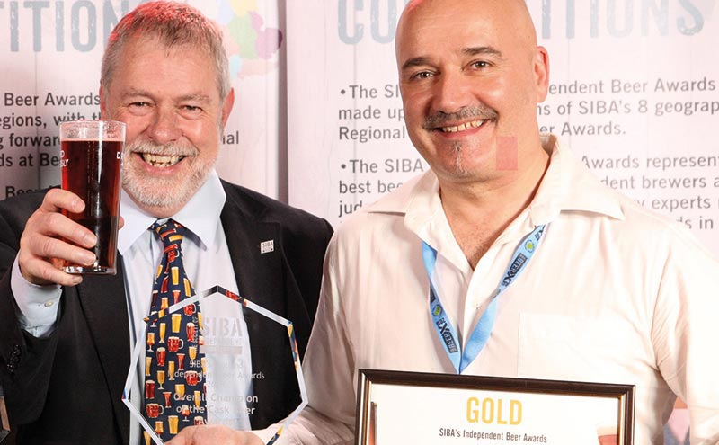 Orkney Brewery's Craig Steven (right) with Guy Sheppard of SIBA.