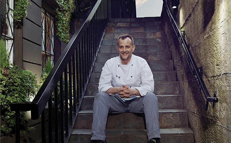 Derek Marshall, Gamba