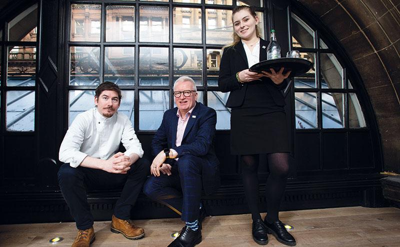 Gordon McIntyre (centre) with Peter McKenna and Namara Robertson