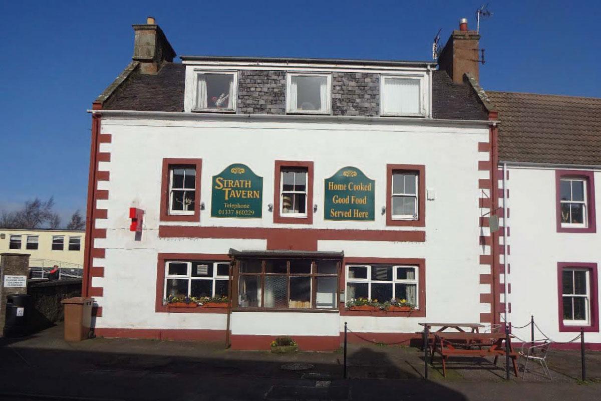 Strath-Tavern