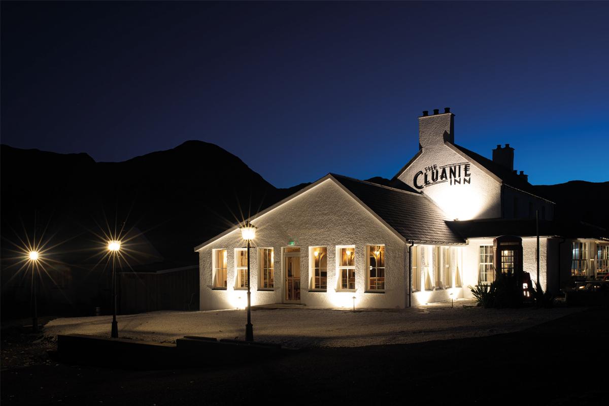 cluanie-inn-highlands-open