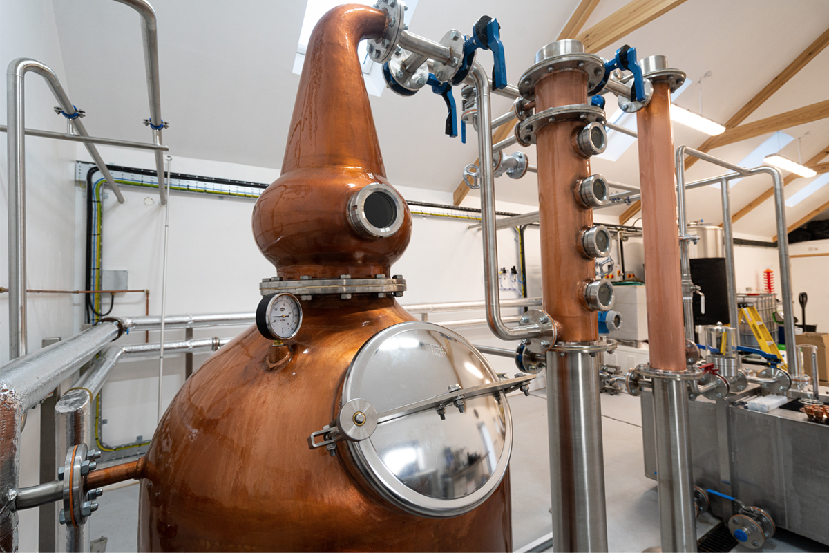 ninefold-distillery-copper-pot